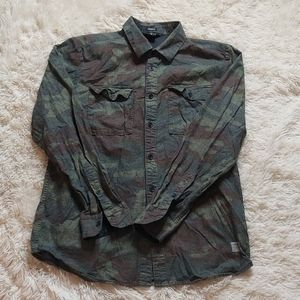 Volcom camp button down size large like new